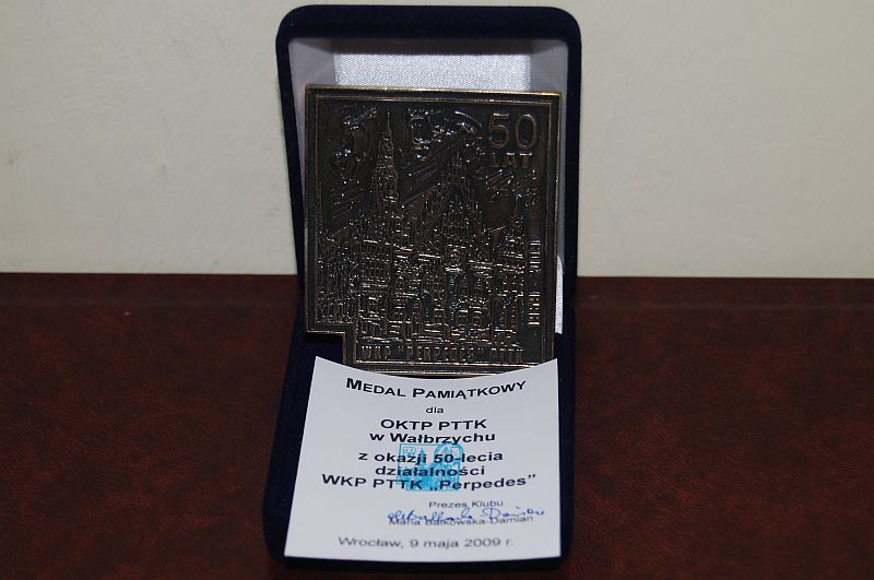 "Medal 50-lecia działalności WKP PTTK ""Perpedes"""